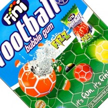 FOOTBALL BUBBLE GUM FIZZ RIPIENE Pz 200 x 5g Fini in vendita all'ingrosso